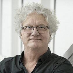 Christian Lévesque directeur de l'axe industrie 4.0, travail et emploi