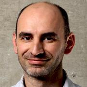 Le professeur Christophe Abrassart co-directeur de l'axe environnement, villes intelligentes et urbanisation 4.0